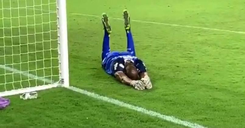 Memes Sobre Os Penaltis Infinitos De Palmeiras X Atletico Nacional