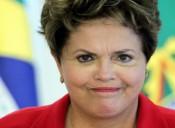 URGENTE! Dilma cai e juiz marca pênalti para o Corinthians