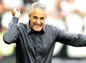 """Corinthians comemora goleada: """"Um gol para cada título brasileiro"""""""